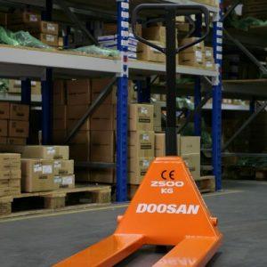 Doosan Hand Pallet Truck